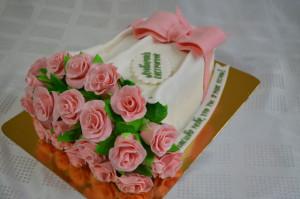 торт для женщик букет