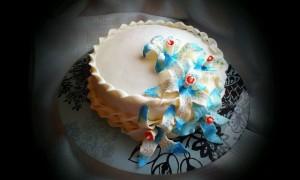 торт для женщин лилия