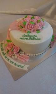 торт для женщин розы