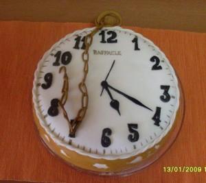 торт на заказ часы